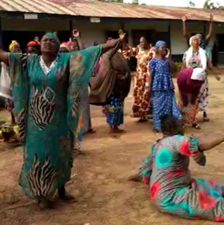 Nigerian Parents Cry Out To God For Safe Return Of 140 Students, Staff Abducted From Christian School